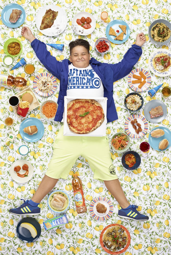 kids-surrounded-weekly-diet-photos-daily-bread-gregg-segal-25-5d11c119ec8a0__700