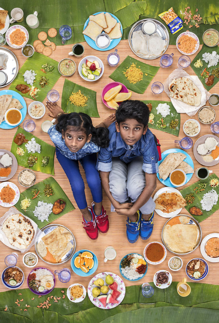 kids-surrounded-weekly-diet-photos-daily-bread-gregg-segal-35-5d11c13e332d9__700