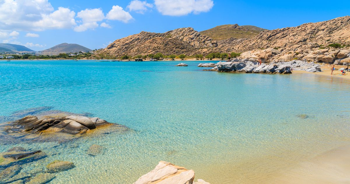 0_Crystal-clear-turquoise-sea-water-of-Kolymbithres-beach-Paros-island-Greece