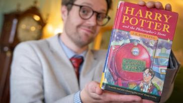 3_CATERS_HARRY_POTTER_BOOK_AUCTION_04-768×453-tile
