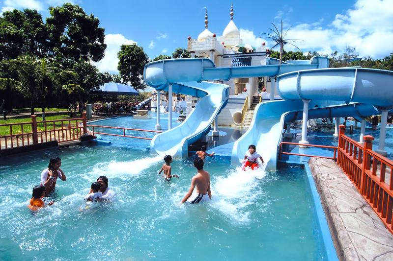 1200-a-famosa-water-world