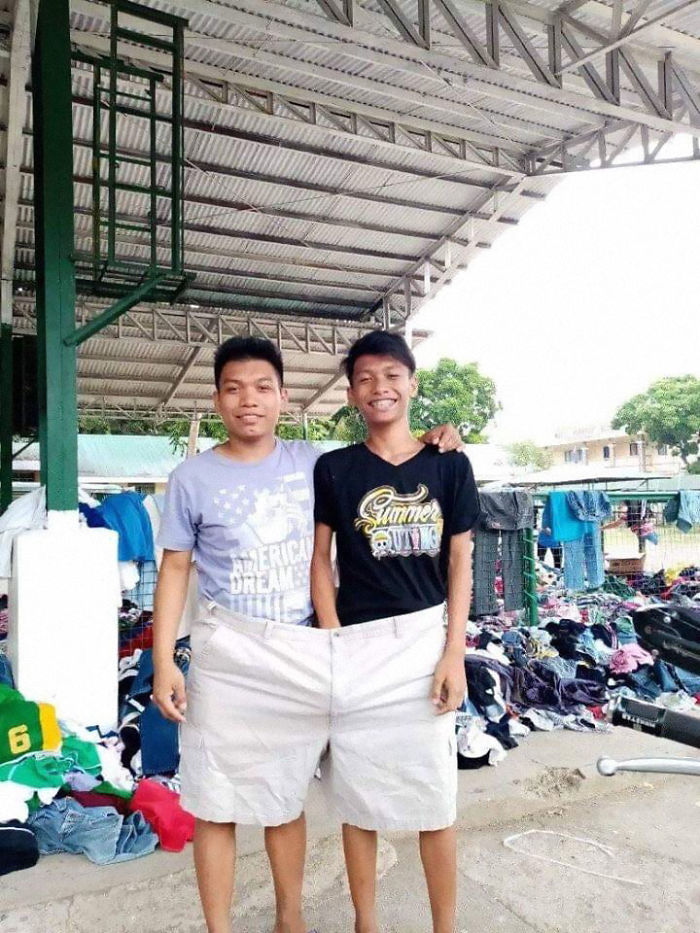 taal-volcano-evacuation-filipinos-donated-clothes-positive-5e26b38426f6e__700